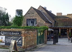 The Waterend Barn (Lloyds No 1)